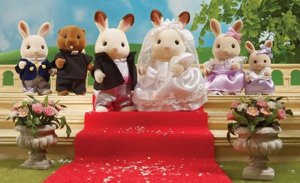 Sylvanian-Family-Royal-Wedding