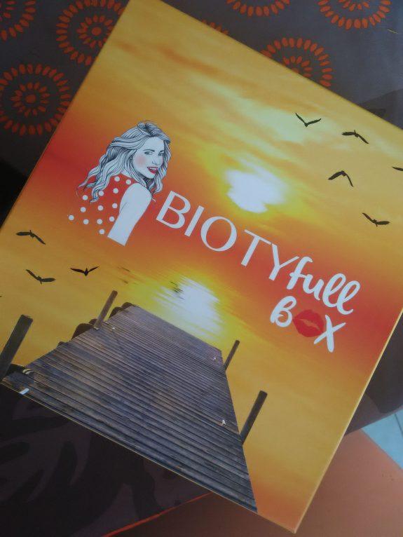 Biotyfull Box d'Août : Évasion assurée !