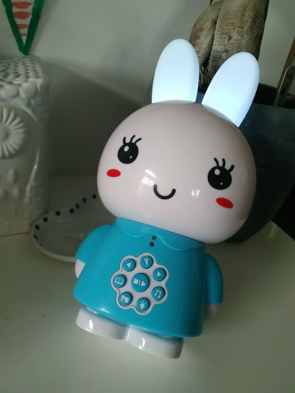 Un lapin merveilleux nommé ALILO Honey Bunny