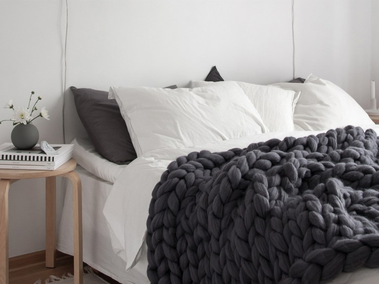 la laine xxl de chez berg re de france waouh wool une minute de beaute. Black Bedroom Furniture Sets. Home Design Ideas