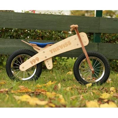 Une draisienne en bois pour Gabin … Lecyclo.com