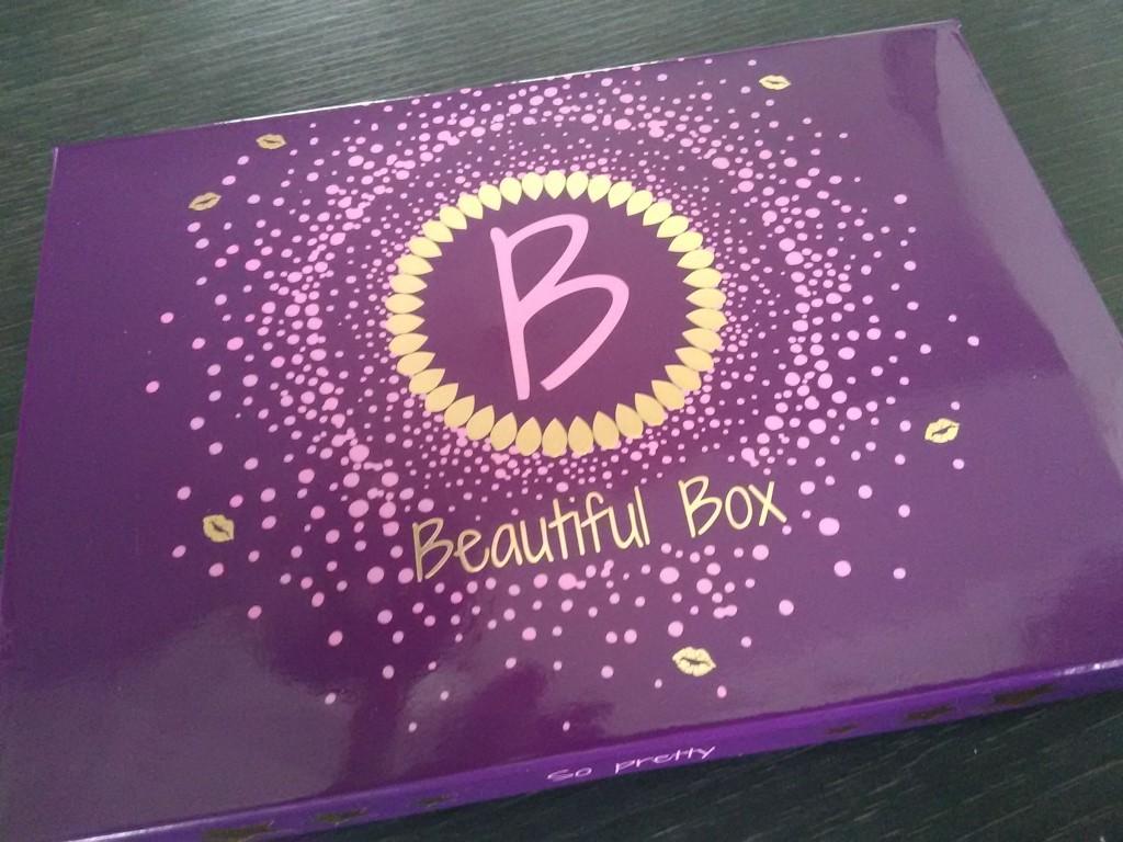 Beautiful Box de Mars ! So pretty!