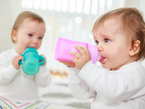 La Sippy Cup  le biberon en verre thermosensible Everyday Baby