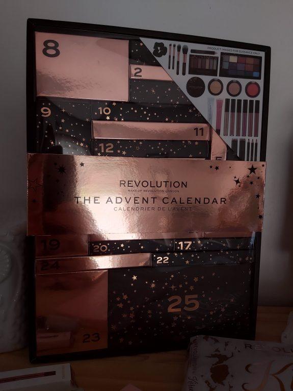 Mon calendrier de l'avent Makeup Révolution