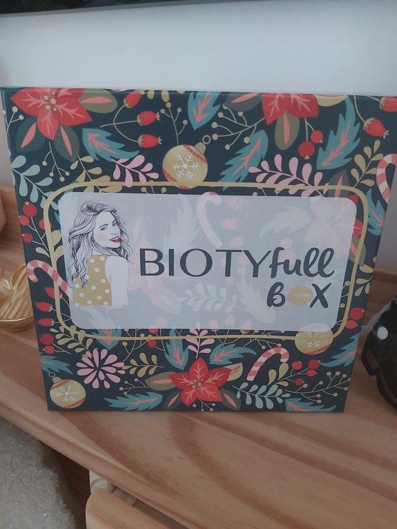 Biotyfull Box de Noël  Précieuse de Fêtes