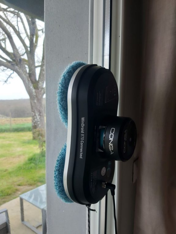 Le robot de ma vie qui lave mes vitres !